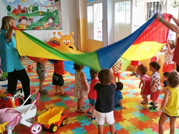 Jugamos con el paracaídas