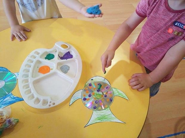 Reciclando: peces de colores