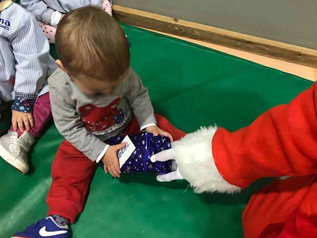 Visita de Papá Noel a CEI Luna