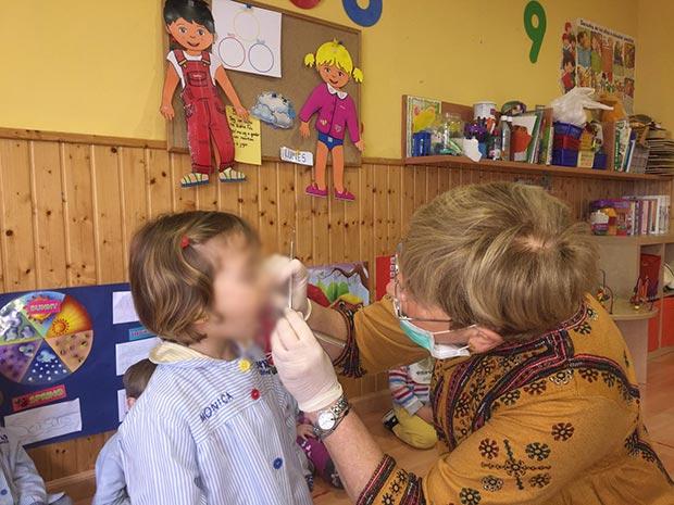 Nos visita la dentista